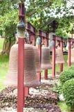 Vierkante Klokken in het centrum van Boeddhisme Nanshan op het eiland van stock foto's