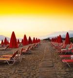 Vierkante trillende de reisvakantie van strandparaplu's Royalty-vrije Stock Foto's