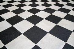 Vierkante zwart-witte tegelsvloer Royalty-vrije Stock Afbeeldingen