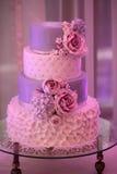 Vierlagige Hochzeitstorte Lizenzfreies Stockbild