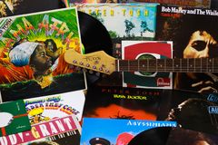 VIERSEN, GERMANIA - 10 MARZO 2019: Vista sulla raccolta delle annotazioni di vinile di reggae immagini stock libere da diritti