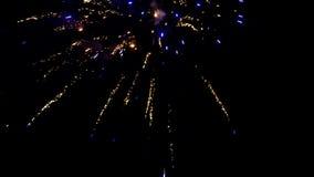Viertel von Juli-Feuerwerken stellen, digitale Zusammensetzung dar Großartiges Feuerwerks-Finale stock video footage