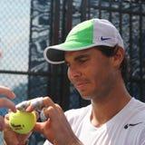 Vierzehn Zeiten Grand Slam-Meister Rafael Nadal Spanien übt für US Open 2015 lizenzfreie stockfotografie