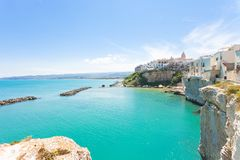 Vieste, Apulia - Turquoise water at the cliffs of the old town i stock photo
