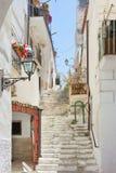 Vieste, Puglia - maggio 2017 - scala medievali attraverso la città o Fotografie Stock