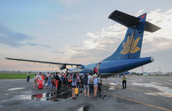 Vietnam Airlines plane taxis in Con Dao island Royalty Free Stock Images
