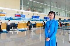 Vietnam Airlines provê de pessoal o retrato Imagens de Stock
