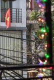 Vietnam flagga på balkongen Fotografering för Bildbyråer