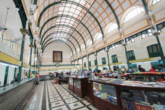 Vietnam Ho Chi Minh City Central stolpe - kontor Royaltyfria Foton
