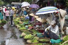 , VIETNAM-HOI Früchte und Veg vermarkten Stockbild