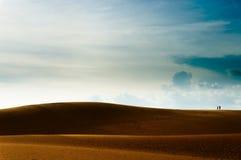Vietnam landskap: Förälskelse på sanddyn i Mui ne, Phan thiet, Vietnam Royaltyfri Bild