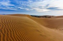 Vietnam landskap: Sanddyn i Mui ne, Phan thiet, Vietnam Arkivfoto