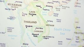 Vietnam Laos en un mapa almacen de video