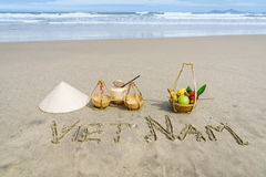 Vietnam op het zand wordt geschreven dat Stock Foto's