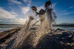 Vietnam salt fältarbetare arkivfoton