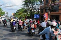 Vietnam: Ton av CO2-emmissions varje dag förorenar luften i Saigon/Ho Chi Ming City arkivfoton