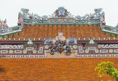 Vietnam ton Taktegelplattor och dekorativa prydnader Royaltyfri Foto