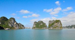 Vietname, baía de Halong fotos de stock royalty free