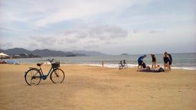 Vietname, Nha Trang, praia da cidade Fotografia de Stock