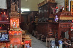 A Vietnamese Furniture, Shrine and Woodwork Shop Royalty Free Stock Photos