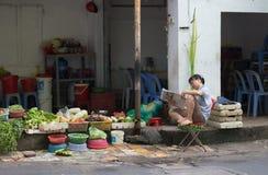 Vietnamese plantaardige verkoper Royalty-vrije Stock Foto
