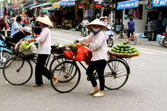 Vietnamese women street vendors  Hanoi Royalty Free Stock Photos