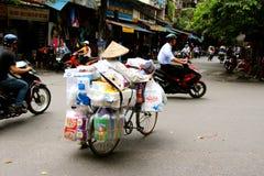 Vietnamesische FrauenStraßenhändler Hanoi Lizenzfreie Stockbilder