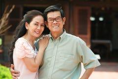 Vietnamesische reife Paare Stockbild