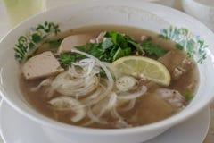 Vietnamesische Reisnudel Pho GA stockfotos