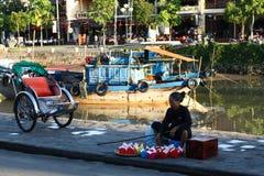 Vietnamesischer Straßenhändler Stockfoto