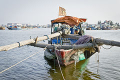 Vietnamesisk fiskebåt Royaltyfri Foto