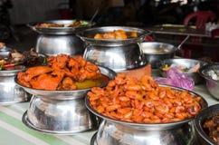 Vietnamesisk mat på en marknad Royaltyfri Fotografi