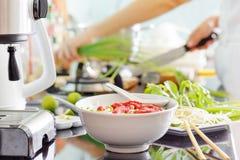 Vietnamesisk nötköttnudelsoppa Pho Bo arkivfoton