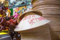 Vietnamesiska koniska hattar royaltyfri fotografi