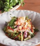 Vietnamesiska koriander och höna Saland Royaltyfria Bilder