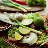 Vietnamesiskt färgrikt bräde för matingredienser Royaltyfri Foto