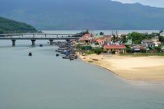 Vietnamesiskt fiskeläge royaltyfria bilder
