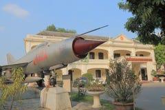 Vietnamesiskt museum Hanoi Vietnam för militär historia arkivfoton