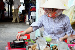 Vietnmese ludzie gotuje skorupę Zdjęcie Royalty Free