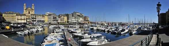 Vieux端口海滨广场在巴斯蒂亚 库存图片