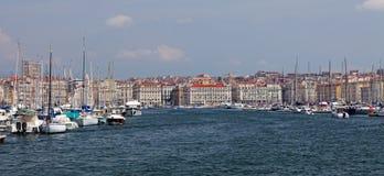 Vieux端口的全景-马赛旧港口  免版税图库摄影