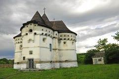 Vieux église-château dans Sutkivtsi Photos libres de droits