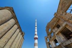 Vieux équipements industriels abandonnés chez la Grèce Photographie stock libre de droits