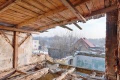 Vieux, abandonné et oublié bâtiment Images stock