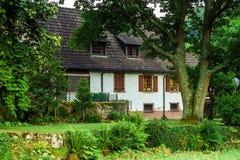 Vieux alsacien la vue de rue de village Photos libres de droits