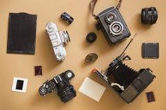 Vieux appareils-photo photographie stock