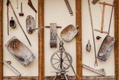 Vieux articles en bois de ménage photos libres de droits