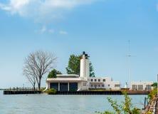 Vieux bâtiment de la garde côtière Photos libres de droits