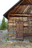 Vieux bâtiment en bois dans le Yukon, Canada Photos libres de droits