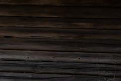 Vieux bâtiment en bois Zone rurale en Lithuanie Photo stock